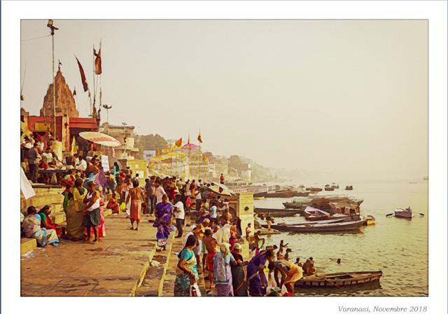 Ghat-de-Varanasi-Alfred-Jensen-Aqua.jpg