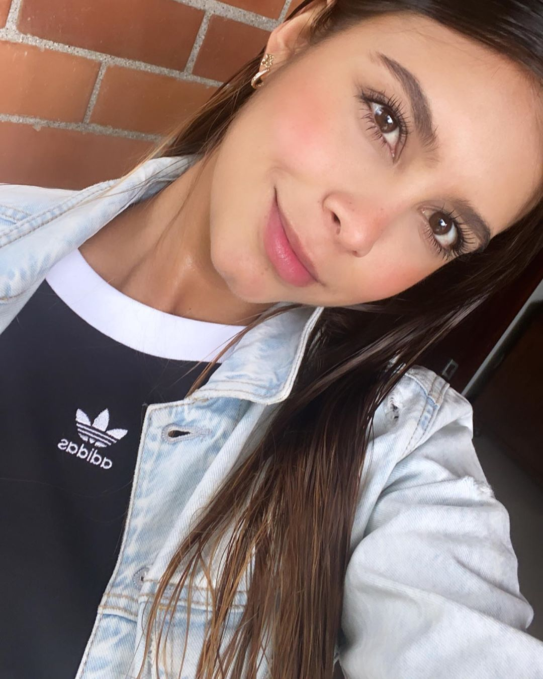 Daniela-Medina-Wallpapers-Insta-FIt-Bio-12