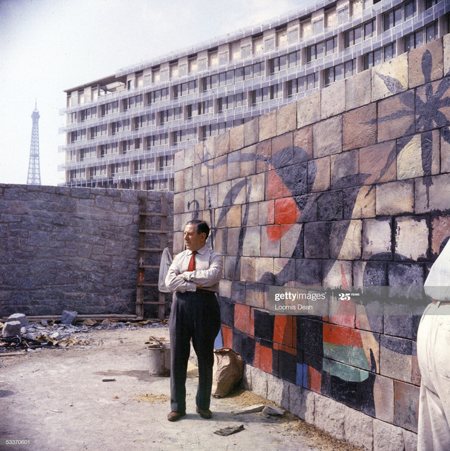 FRANCE-1958-Mural-by-Joan-Miro-on-a-wall-near-the-Secretariat-Building-Photo-by-Loomis-Dean-The-LIFE.jpg