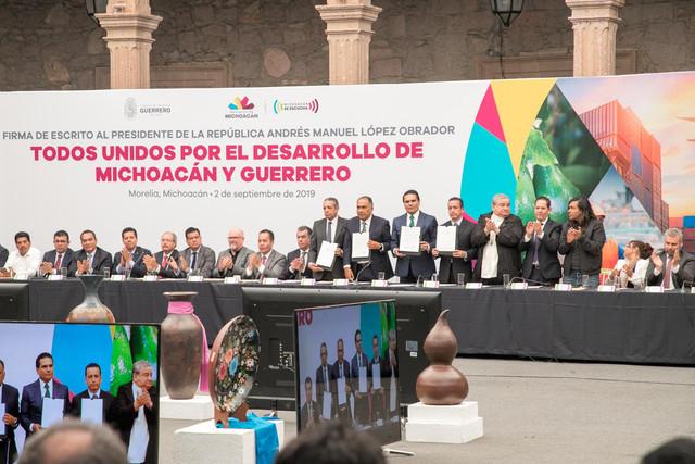 Firma-Michoaca-n-Guerrero-26
