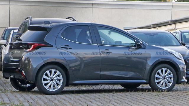 2022 - [Mazda] 2  ABDF79-E6-AE30-41-BB-8-D65-DADC4-DF59-B3-F