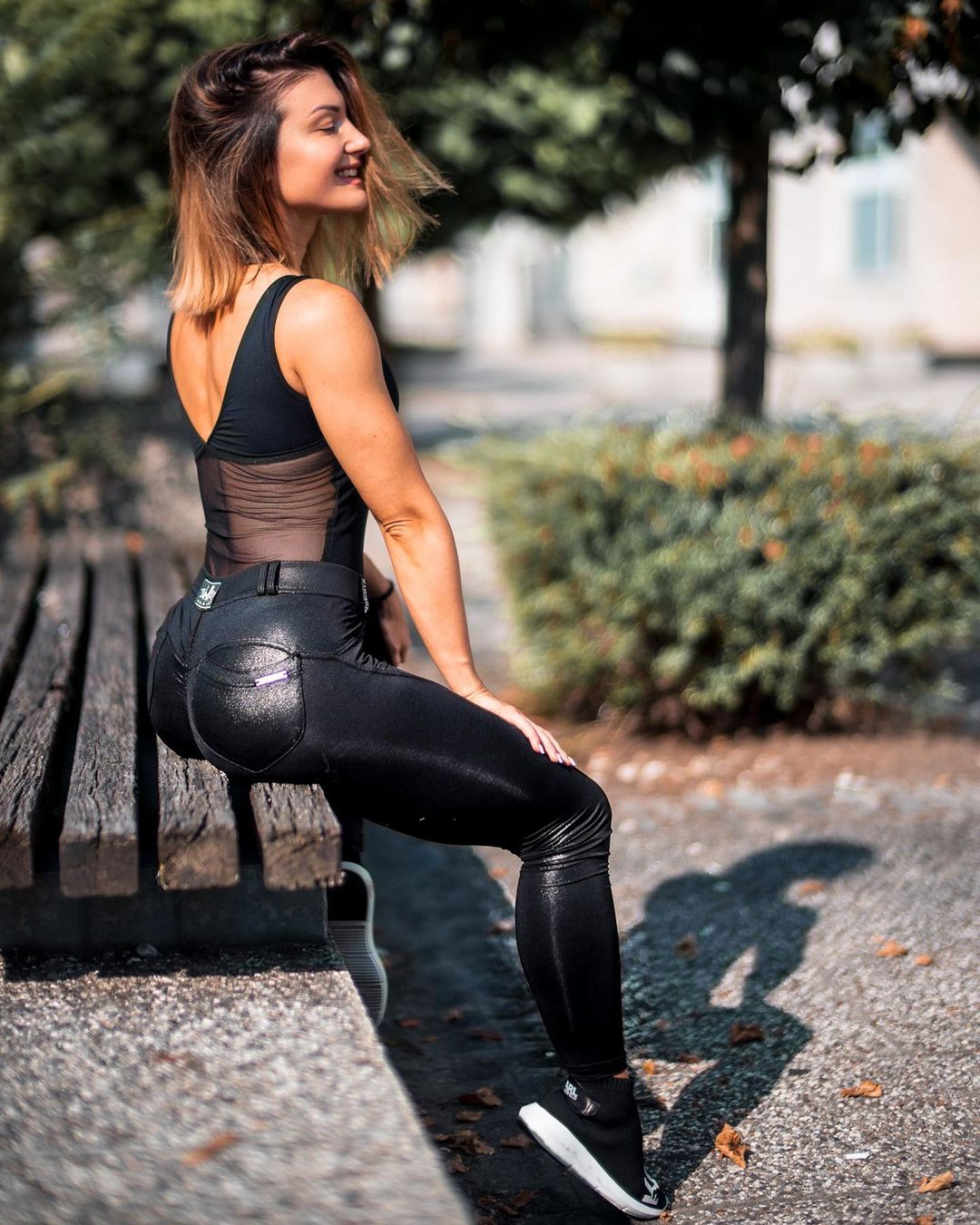Valerija-Slapnik-Wallpapers-Insta-Fit-Bio-11