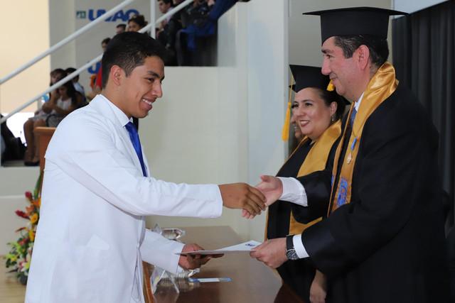 Graduacio-n-Medicina-84