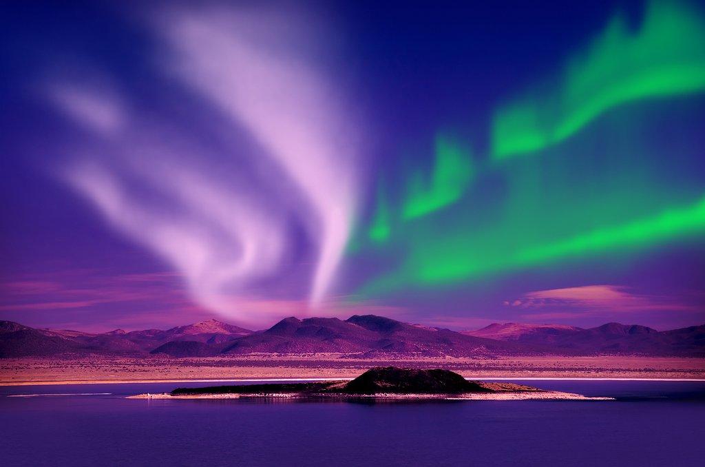 https://i.ibb.co/SypfCr4/Amazing-Northern-Lights-aurora-borealis-at-night.jpg