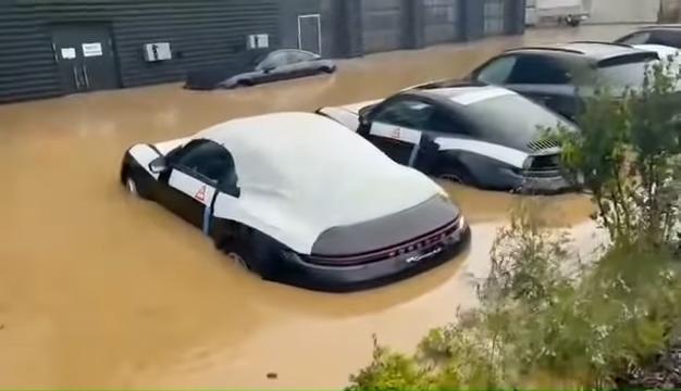 Brand-New-Porsches-Under-Water-In-German-Dealership-After-Disastrous-Rains-0-26-screenshot