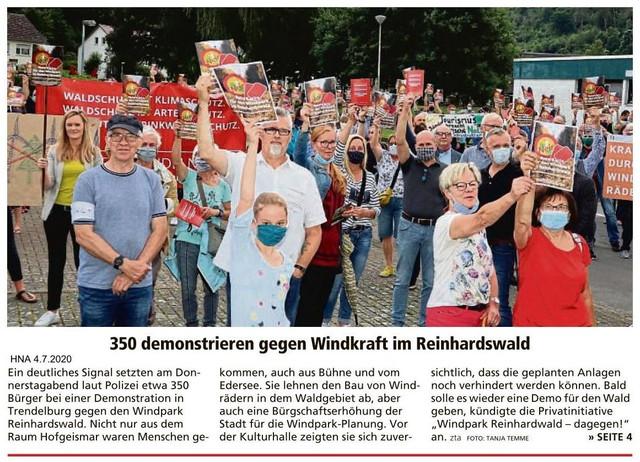 2020-07-04-HNA-350-demonstrieren-gegen-Windkraft-im-Reinhardswald