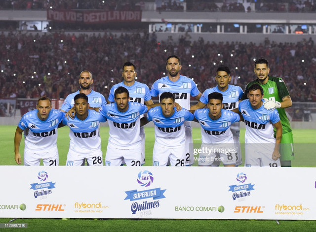 AVELLANEDA-ARGENTINA-FEBRUARY-23-Players-of-Racing-Club-pose-for-the-team-photo-prior-to-a-match-bet