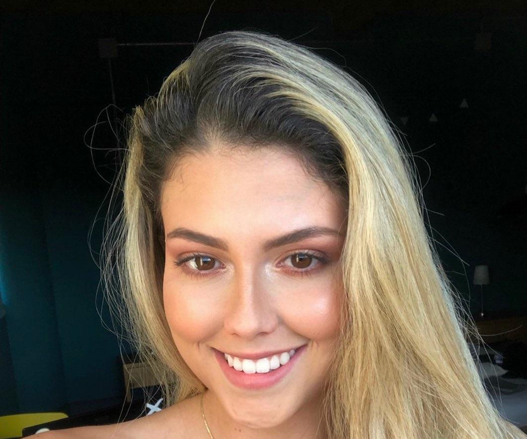 Mariana-Lopez-Wallpapers-Insta-Fit-Bio-13
