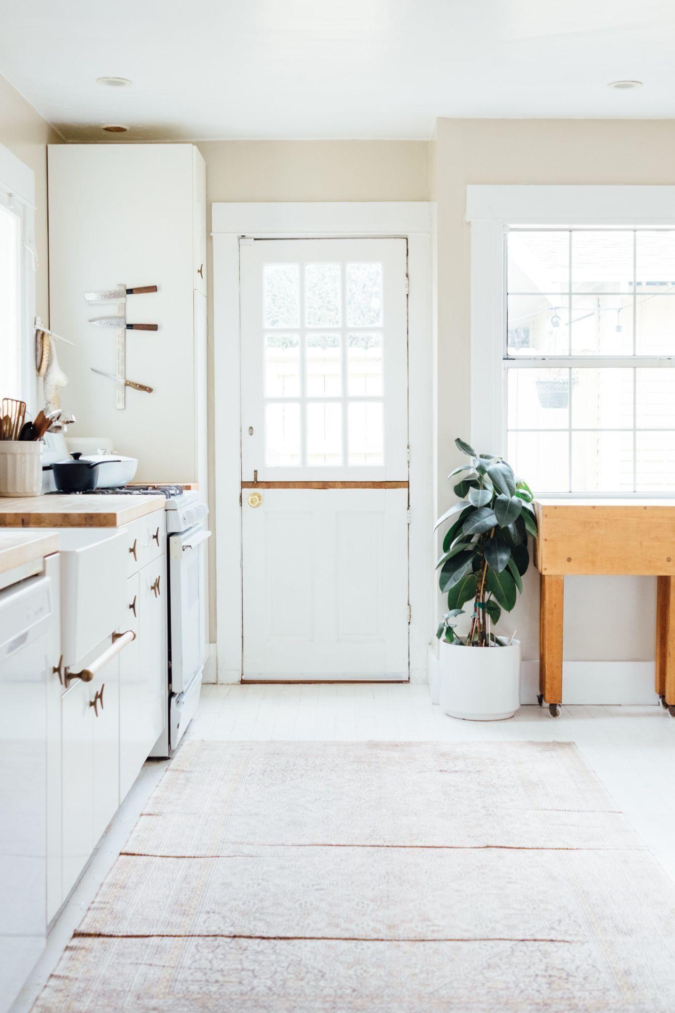 Home Maintenance: How to Install Smoke Detectors