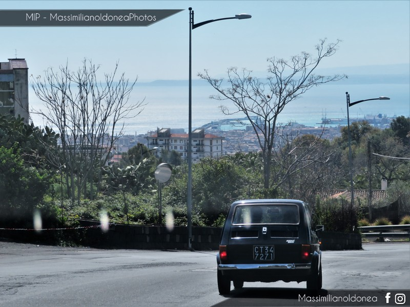 avvistamenti auto storiche - Pagina 13 Fiat-126-600-74-CT347271-1
