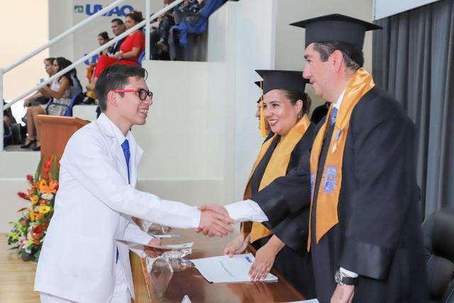 Graduacio-n-Medicina-69