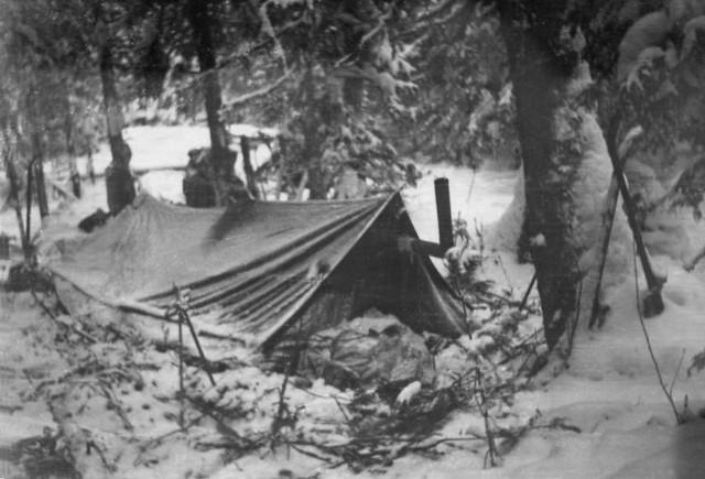 Dyatlov-pass-tent-1958-03