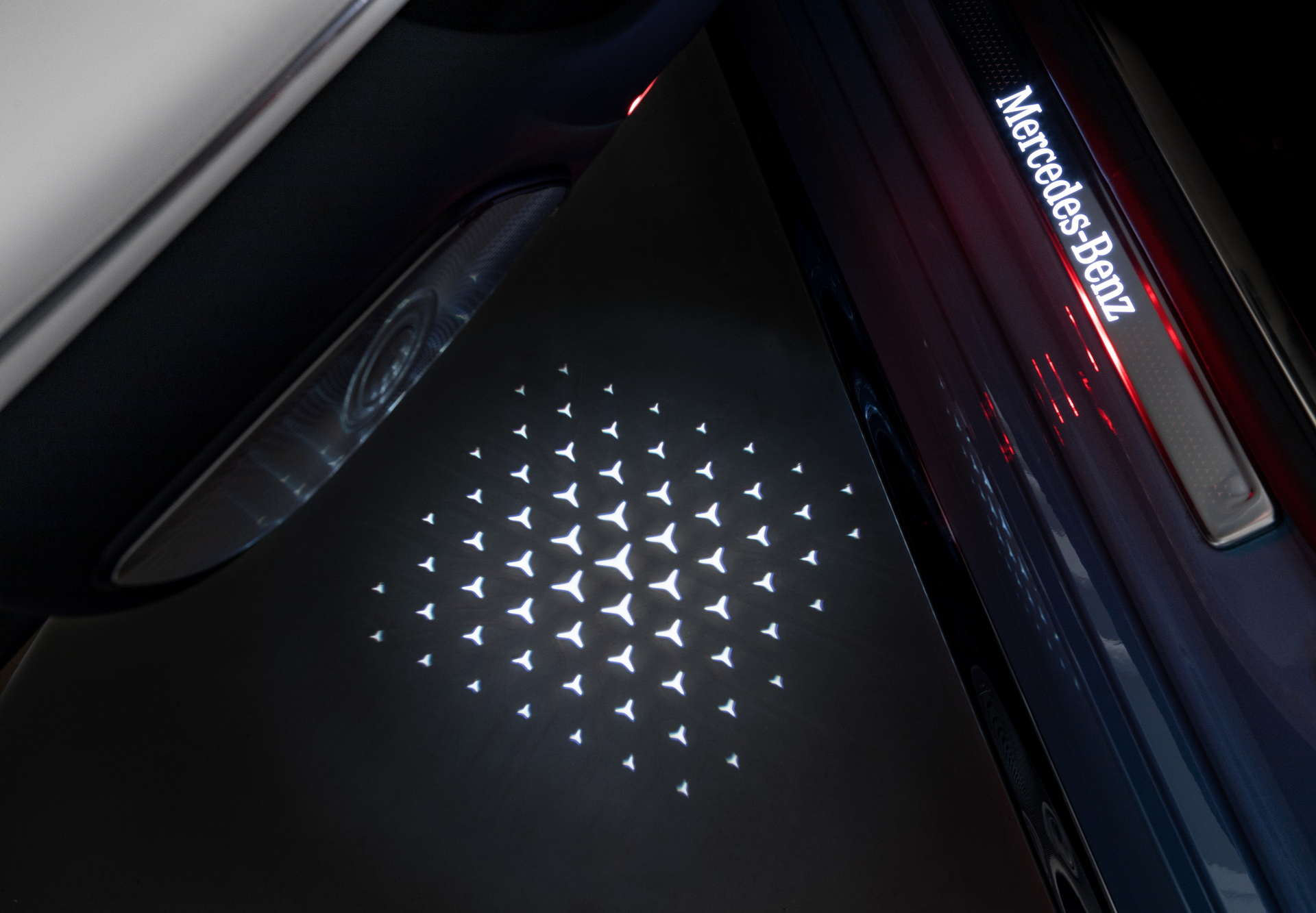 2022-Mercedes-Manufaktur-Label-15