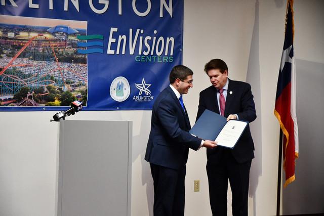 Arlington-En-Vision-Center-10.jpg