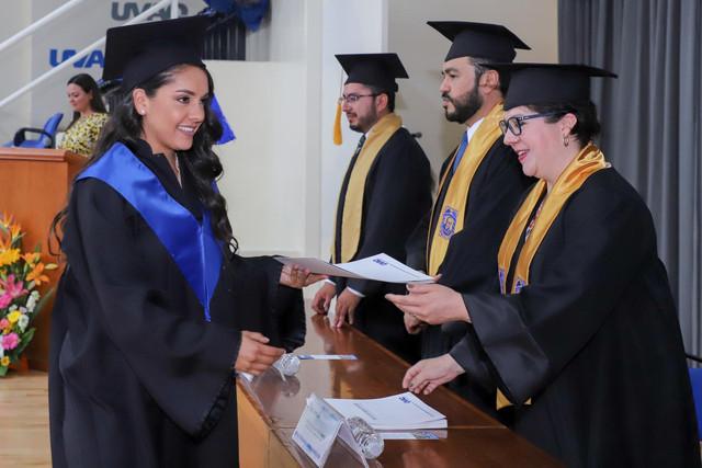Graduacio-n-Gestio-n-Empresarial-22