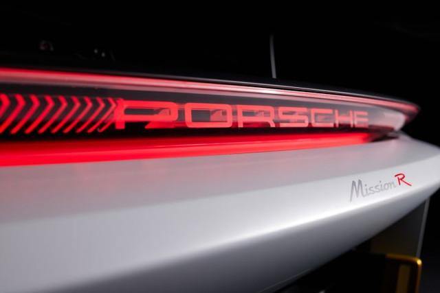 2021 - [Porsche] Mission R 17-D50811-4736-4-CA9-B779-F6-F4-E8-A107-B1