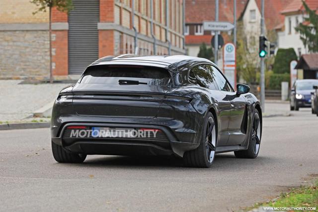 2020 - [Porsche] Taycan Sport Turismo - Page 3 4-A98-E647-88-A0-4-E2-E-9-E74-B420-BBF2-D81-A