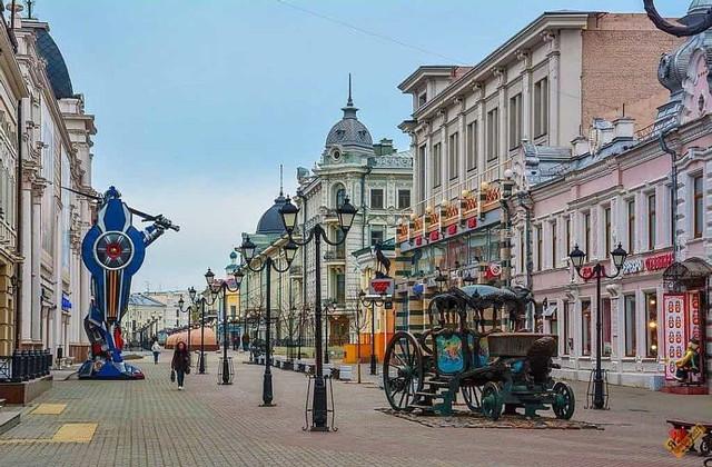 Пешеходная Улица Баумана в Казани