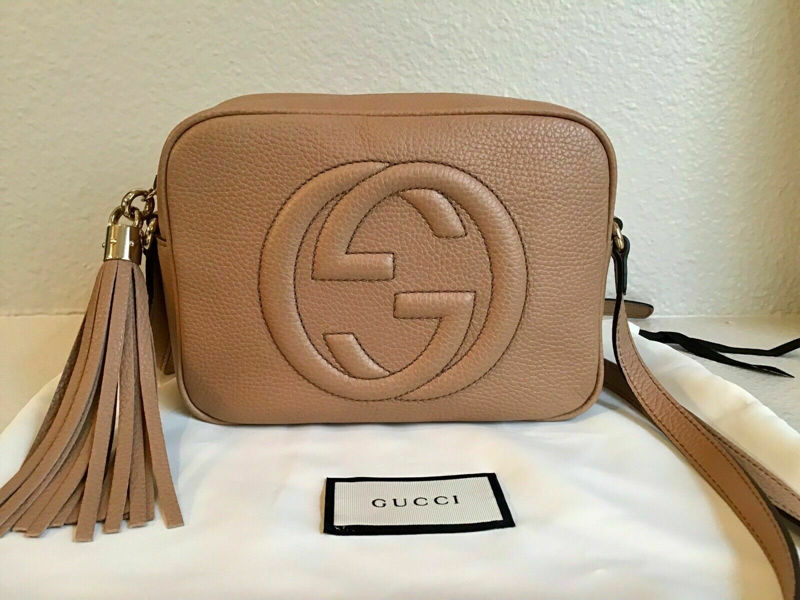 7dadb11f1 Details about Pre-Sale! New Authentic Gucci GG Soho Leather Disco Bag Rose  Beige