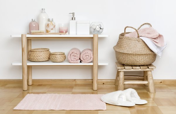 natural style bathroom accessories