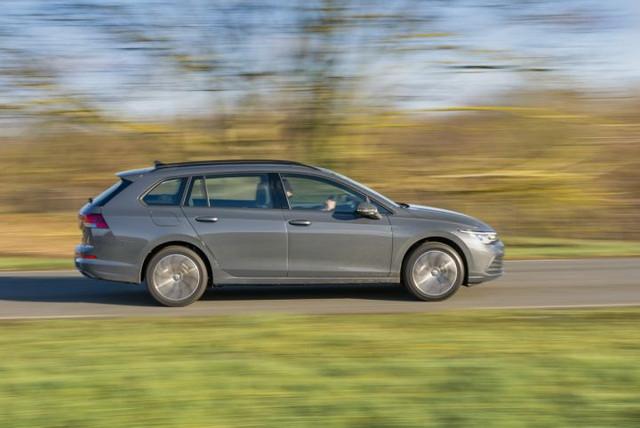 2020 - [Volkswagen] Golf VIII - Page 25 4-DCC2-A9-A-6244-4-AA1-9723-B93207-F5-F1-A3