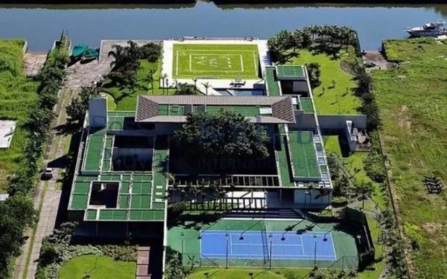 mans-o-Neymar