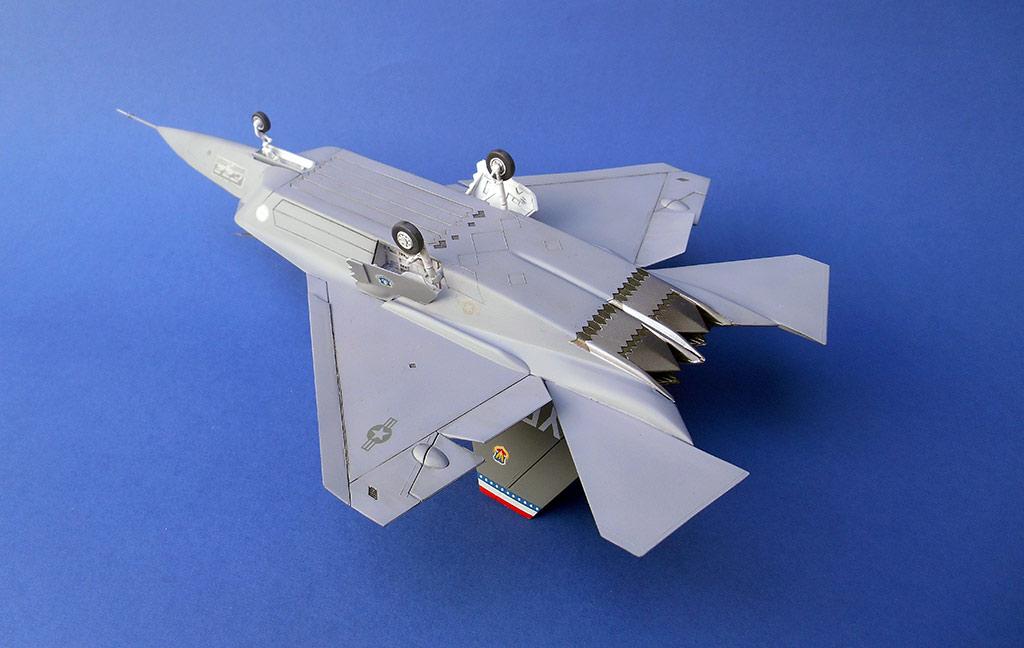 ITALERI 1/72 JSF Program: XF-32 and XF-35 - avax-models.cz