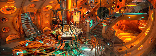 All New Who - Page 37 Tardis-console-series-5