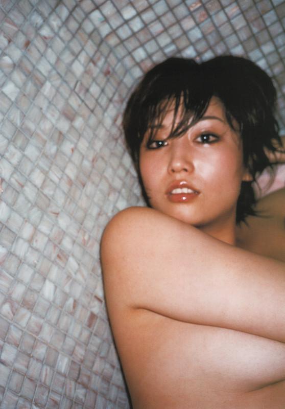 月刊 三津谷葉子 写真集 tyutyuru-gemitsuya016