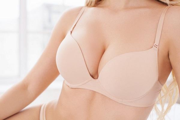 Giải đáp: Nâng ngực nội soi bao lâu thì hết đau? 58