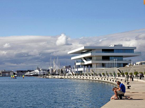valencia-marina-real-travelmarathon-es