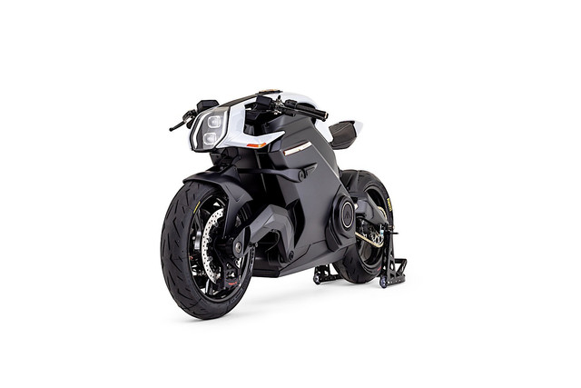 100k-arc-vector-electric-motorcycle-to-roll-on-the-goodwood-hill-climb-3.jpg