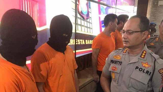 Bongkar Judi Online Terbesar di Batam, Polisi Temukan 2 Buku Rekening Berisi Uang Rp 1 Miliar