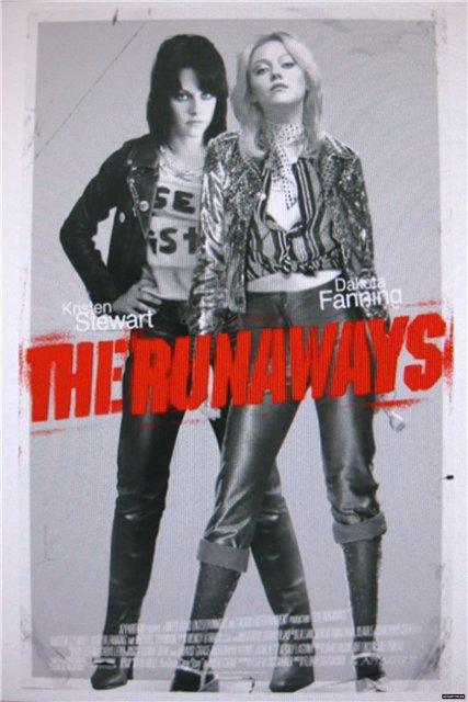 Смотреть Ранэвэйс / The Runaways Онлайн бесплатно - Байопик о легендарной американской рокерше Джоан Джетт. Фильм затрагивает карьеру и жизнь...