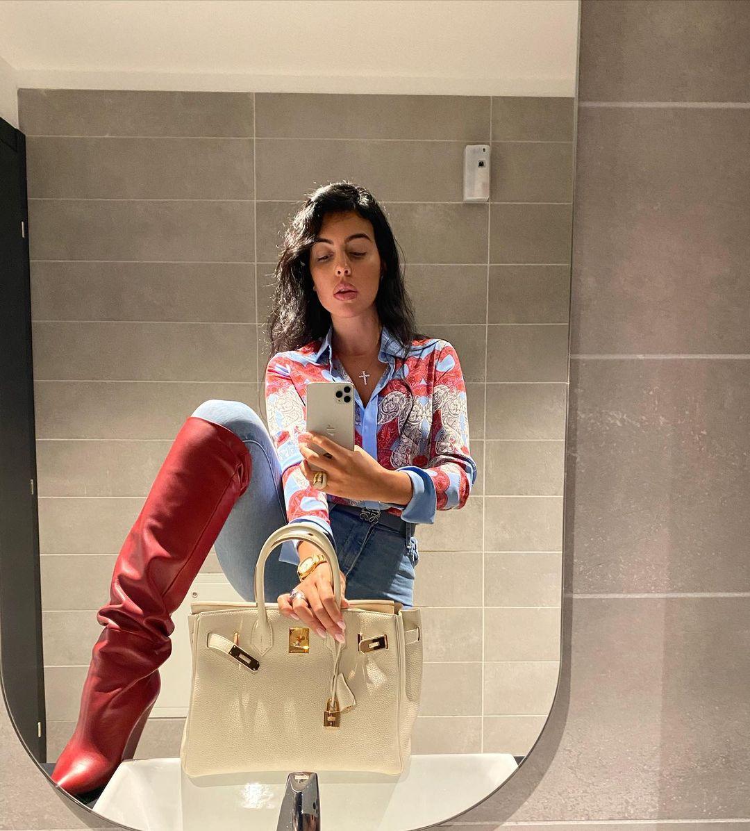 Georgina-Rodriguez-Wallpapers-Insta-Fit-Bio-5
