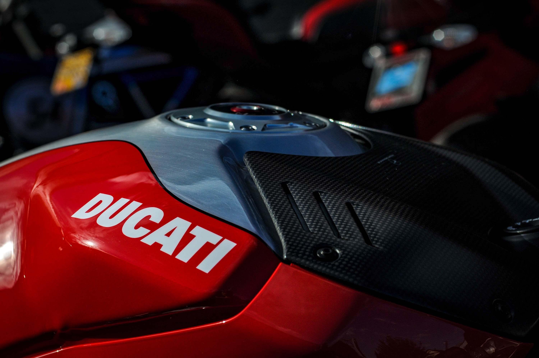 Nicky-Hayden-Ducati-Panigale-V4-tribute-49
