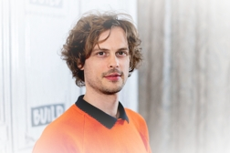https://i.ibb.co/ThkJZVW/NEW-YORK-NY-OCTOBER-18-Actor-and-director-Matthew-Gray-Gubler-visits-Build-Series-to-discuss-the-TV.jpg