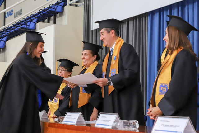 Graduacio-n-Cuatrimestral-71