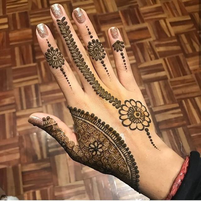 arabic-minimalistic-mehndi-designs