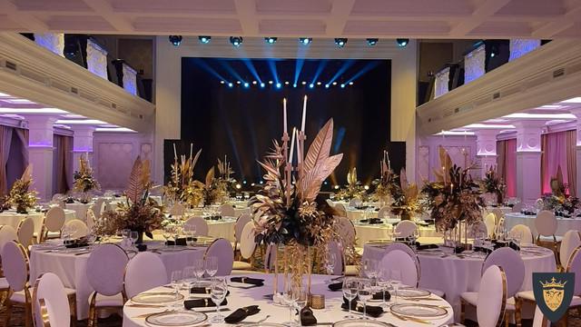Красивый ресторан для свадьбы с большим залом и шикарным интерьером за Киевом - Equides Club
