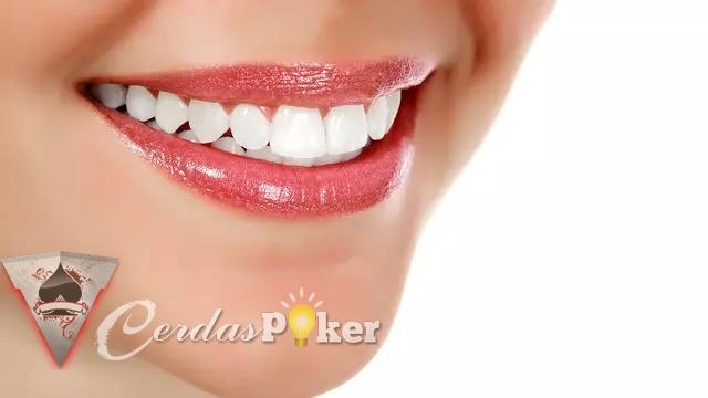 Penyebab Gigi Tumbuh Tidak Rata dan Cara Mencegahnya