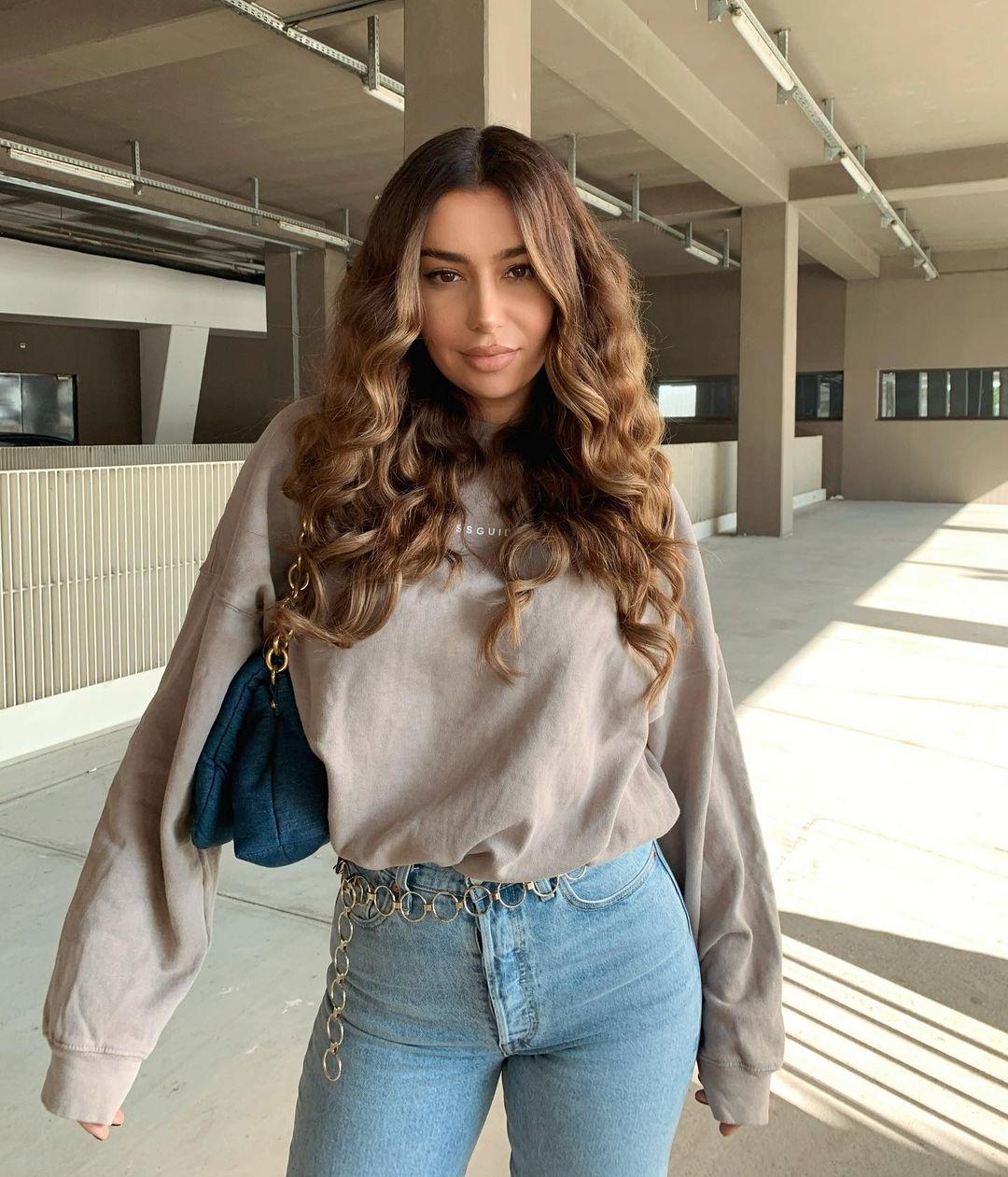Jelena-Peric-Wallpapers-Insta-Fit-Bio-1