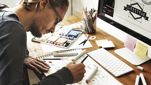 10 Pekerjaan Membayar Tertinggi untuk Jurusan Seni