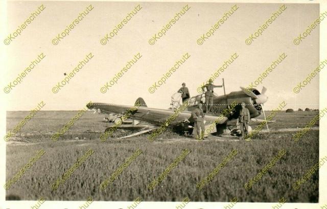 Foto-Wehrmacht-abgeschossenes-Flugzeug-bei-Polazk-bzw-Polozk