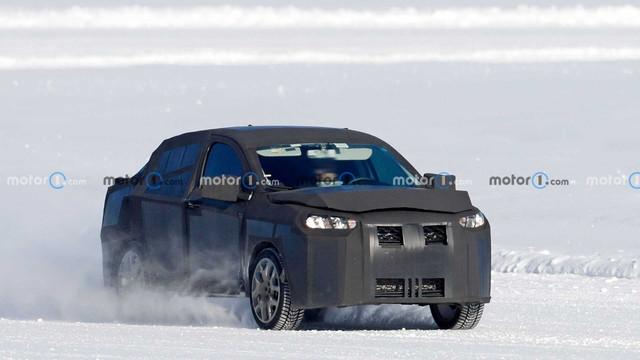 2022 - [Fiat] Sedan Crossover  46-C196-D2-4-A6-E-4268-86-F2-CAD13024375-C
