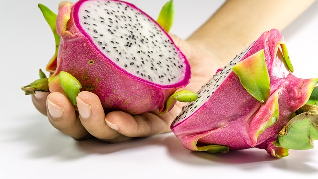 fruit-2477542-640