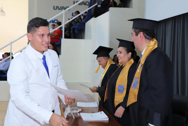 Graduacio-n-Medicina-117