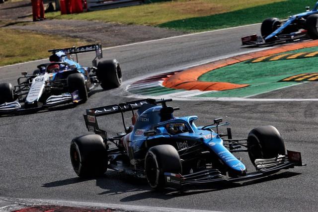 Alpine poursuit sa série d'entrées dans les points avec un double top dix à Monza Grand-Prix-d-Italie-2021-Alpine-A521-N14-Fernando-ALONSO