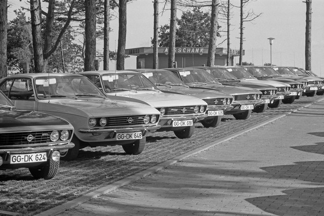 Comme il y a 50 ans : l'Opel Manta retrouve Timmendorfer Strand Opel-Manta-512906