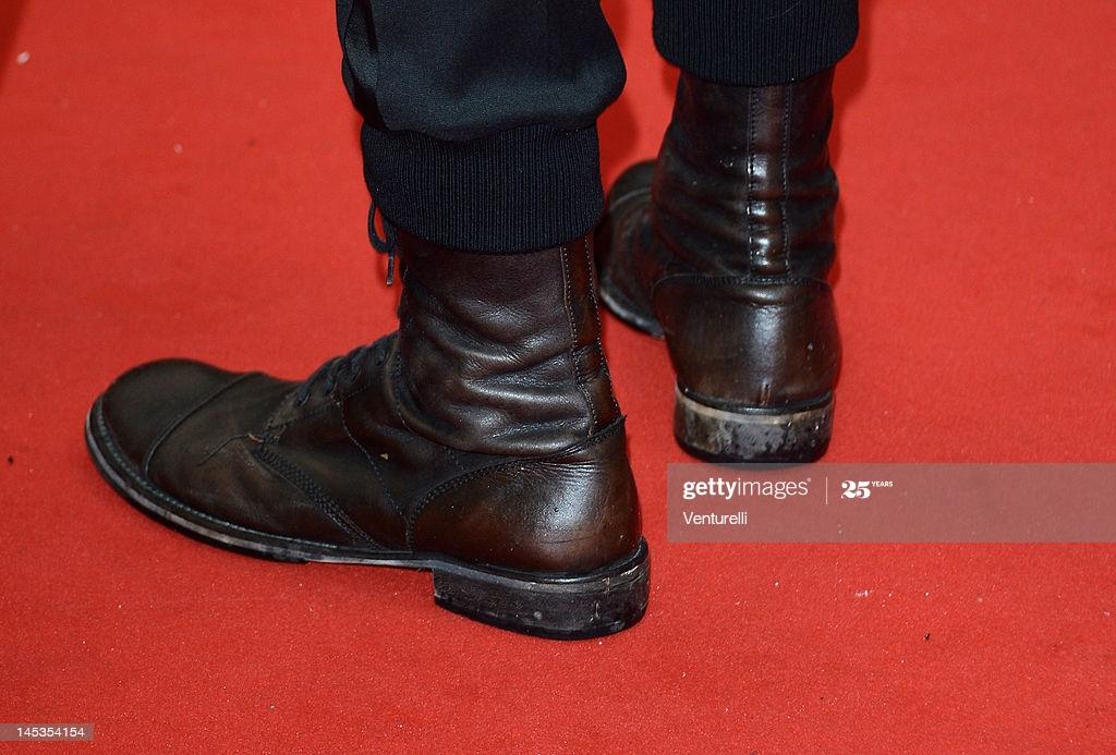 [Image: Ewan-Mc-Gregor-Boots-In-65th-Cannes-Film-Festival.jpg]